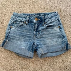 AE Vintage Wash Super Stretch Midi Jean Shorts